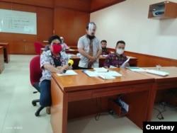 Mahasiswa baru tunanetra di UT Gorontalo. (Foto courtesy: Husni)