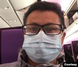 2021年1月28日下午,郭飞雄在广州飞往上海班机 (郭飞雄提供图片)