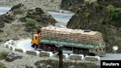 تحریم تورید از پاکستان بر کاهش تجارت میان افغانستان و پاکستان تاثیرگذار بوده است.