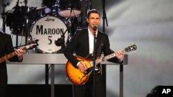 미국 유명 악단 '머룬 파이브(Maroon 5)'의 애덤 러빈.