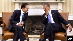 지난 2011년 미국에서 정상회담을 가진 바락 오바마 미국 대통령과 이명박 한국 대통령 (자료사진).