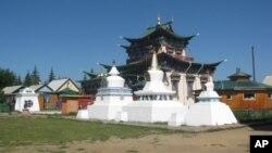乌兰乌德市郊的佛教寺庙(美国之音白桦拍摄)