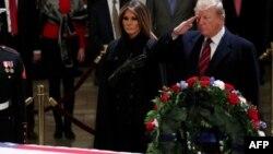 Shugaban Amurka Donald Trump da uwargidansa Melania Trump