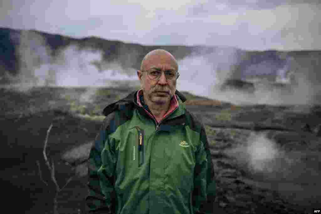 Dario Tedesco, volcanologiste ya ekolo Italie azali kosala mpo na MONUSCO mosala ya kotala volcan Nyiragongo, pene na Goma, Nord-Kivu, 30 mai 2021.
