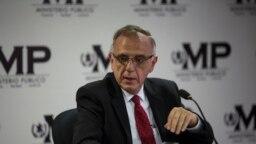 Iván Velásquez, jefe de la CICIG, participa en conferencia de prensa con la Fiscalía General de Guatemala, 19 de abril de 2018. (Foto: AP)