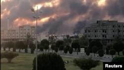 تصویری از تاسیسات نفتی آرامکو در عربستان ساعاتی پس از حملات روز شنبه