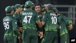 پاکستان کی مسلسل تیسری فتح، کینیڈا کو 46 رنز سے شکست