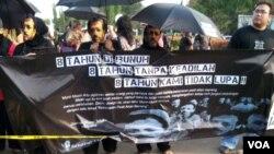 Peringatan delapan tahun dibunuhnya aktivis HAM Munir Said Thalib. (VOA/A. Waluyo)