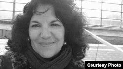 Luísa Fresta - entre a humildade a emoção de um prémio que homenageou Maria Eugénia Neto