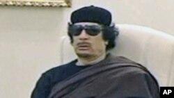 체포영장이 내려진 무아마르 가다피
