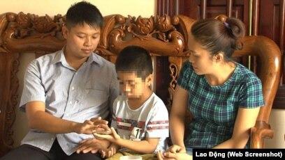 Gia đình anh Phùng Giang Sơn.