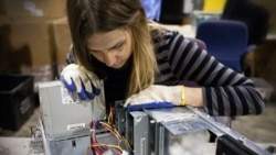 PC Recycler Strikes Gold in Old Computer Chips