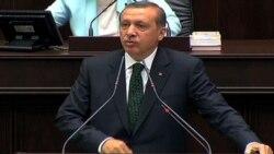 Эрдоган и демонстранты
