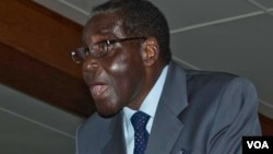 President Robert Mugabe addressing a press conference in Harare