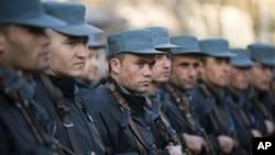 د ملګرو ملتونو سروې: شاووخوا ۷۵ فیصده افغانان وایي د بهرنیو ځواکونو د مرستي نه پرته افغان ملی پولیس امنیت نه شي ساتلای.