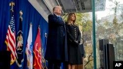 特朗普總統和夫人梅拉尼婭在紐約參加退伍軍人節活動。 (2019年11月11日)