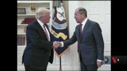 Трамп заявив, що, як президент, він має повне право ділитися інформацією з Росією. Відео