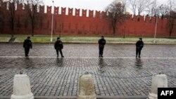 «Большой белый круг» берет Кремль в кольцо. Пока виртуально