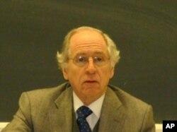 傑拉爾德寇蒂斯 哥倫比亞大學政治系教授