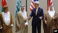 وزیر خارجه سعودی تهدید کرده اگر طرح ضد عربستان به تصویب برسد، این کشور ۷۵۰ میلیارد دلار دارائیهای خود را از آمریکا خارج می کند.