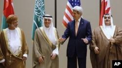 میزبانان عرب جان کری این نگرانی را منعکس کردند که حتی با رفع تهدید هستهای، سپاه پاسداران ایران در همه جا فعال شده است