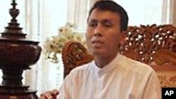 ທ່ານ Phyo Min Thein ປະທານພັກ Union Democratic Party ຂອງມຽນມາ.