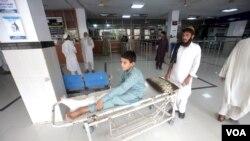 ڈاکٹروں کی ہرتال کے سبب صوبے بھر کے اسپتالوں میں طبی عمل متاثر ہے۔