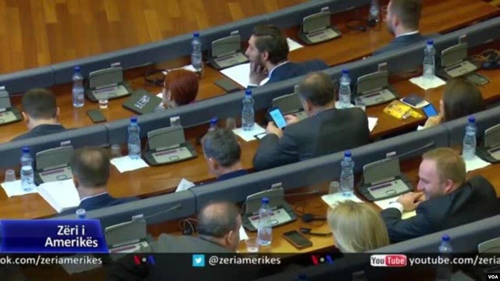 Kosova, në pritje të formimit të qeverisë së re