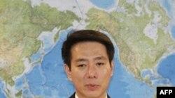 Ministri i Jashtëm japonez le postin për një donacion 600 dollarësh