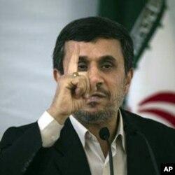 Eron prezidenti Mahmud Ahmadinajodning aytishicha, atom dasturi faqat tinch maqsadlarni ko'zlaydi