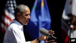 美国总统奥巴马在内华达州第20届太浩湖高峰会上发表有关环境与气候变化的讲话。(2016年8月31日)