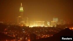 Вид на Мекку і Велику мечеть