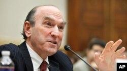 آقای الیوت آبرامز، معاون پیشین مشاور امنیت ملی ایالات متحده آمریکا است.