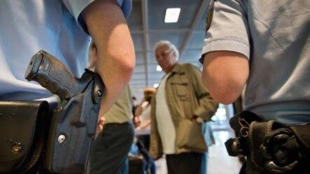 Lệnh cảnh báo du hành cho những người Mỹ du hành ra nước ngoài sẽ hết hạn vào ngày 19/3/2015.