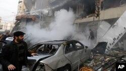 Hiện trường sau vụ nổ bom