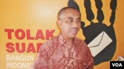 Ketua Umum Aliansi Jurnalis Independen (AJI) Indonesia, Eko Maryadi, memberikan Catatan Akhir Tahun Pers Indonesia di Jakarta (28/12).