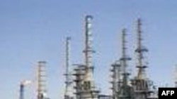 Iran ký hợp đồng dầu khí với Trung Quốc, Ấn Độ và Malaysia