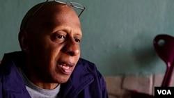 Fariñas fue detenido por intentar evitar que desalojaran a una mujer embarazada.