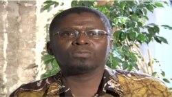 """""""Orgia dos Loucos"""", do moçambicano Ungulani Baka Khossa, chega ao Brasil"""