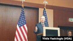 Senatorê Komarî Lindsey Graham