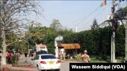 کراچی میں افغان قونصل خانے کا بیرونی منظر