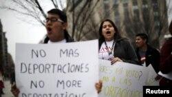 El temor aumentó luego que autoridades de inmigración detuvieran a 121 inmigrantes sin autorización, la mayoría padres e hijos, durante un operativo realizado el sábado y domingo en Georgia, Texas y Carolina del Norte.