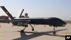 用作伊拉克的無人機整裝待發資料照。