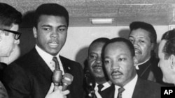Muhammed Ali Martin Luther Kings Jr.'la