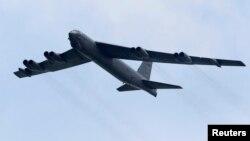 미군의 B-52 전략폭격기.