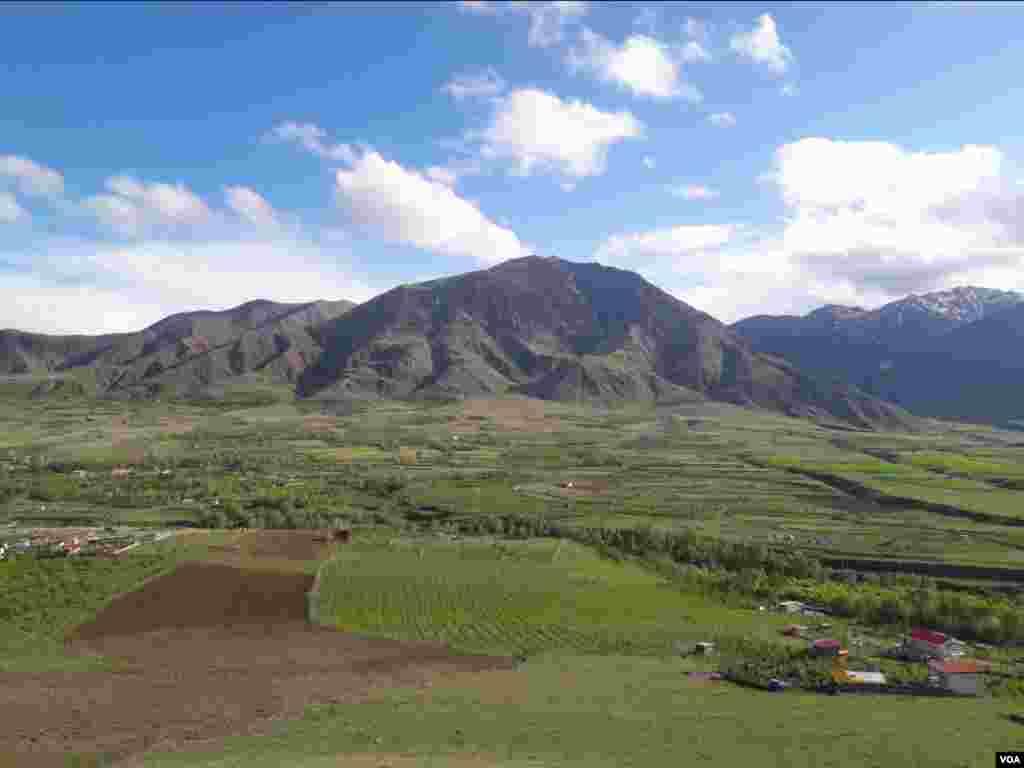 طبیعت دهستان گونی- روستای یام مرند، آذربایجان شرقی عکس: مجید (ارسالی شما)