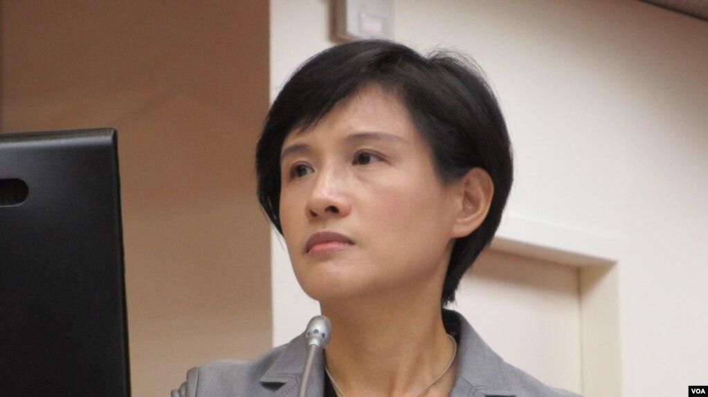 台湾文化部长郑丽君 (美国之音张永泰拍摄)