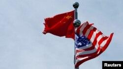 美中兩國國旗