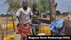 Only half of the population of South Sudan has access to clean water. Click on the image to see a slideshow. (VOA/Mugume Davis Rwakaringi)