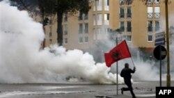 Протесты в Тиране